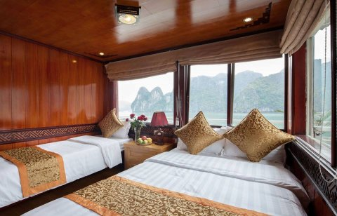 vietnam-local-bus-2-stars-cruise