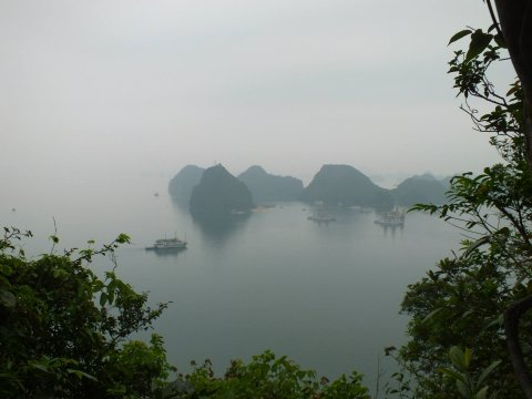 vietnam-local-bus-halong-bay-tours
